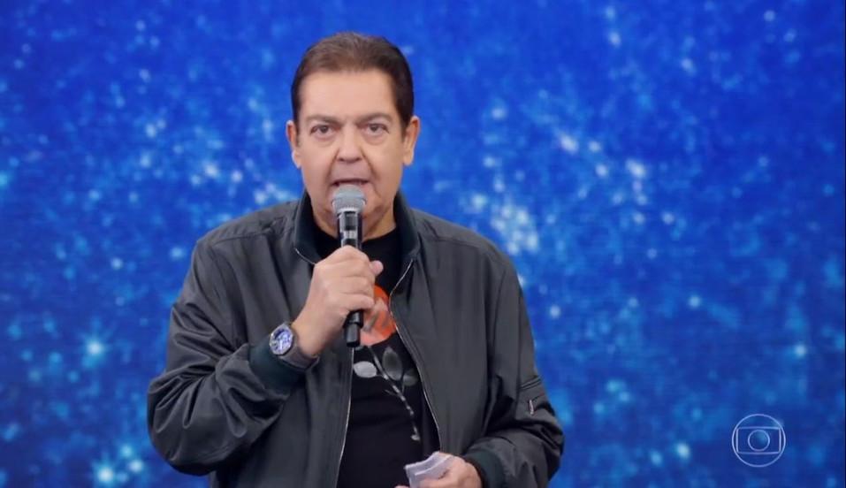 Apresentador Fausto Silva segue internado com infecção urinária, mas apresenta melhora