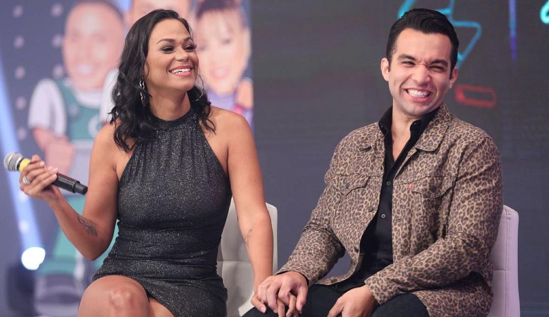Carolina Santos afirma não se arrepender de briga com Nina no Power Couple: 'Brigaria de novo'