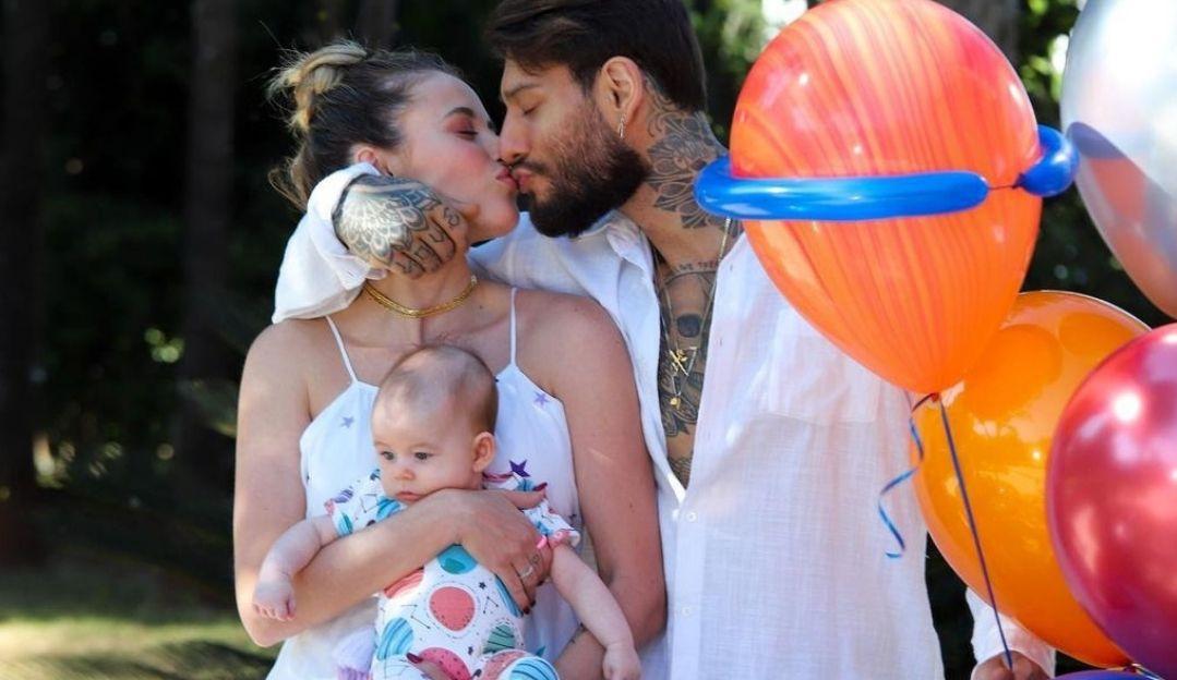 Lucas Lucco e Lorena Carvalho comemoram 3 meses do filho Luca