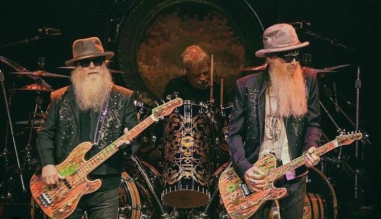 Turnê  norte-americana de 'Rock & Roll Hall Of Fame' suspende o recesso do ZZ Top
