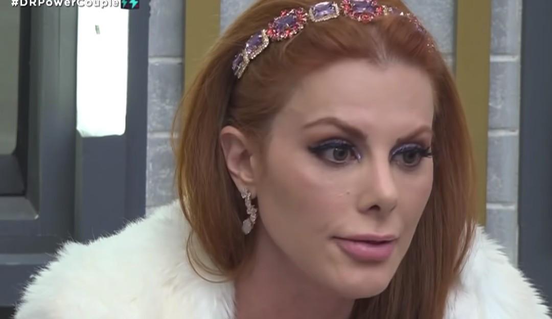 Deborah faz pedido para JP no 'Power Couple': 'Não quero ver ninguém pelado'