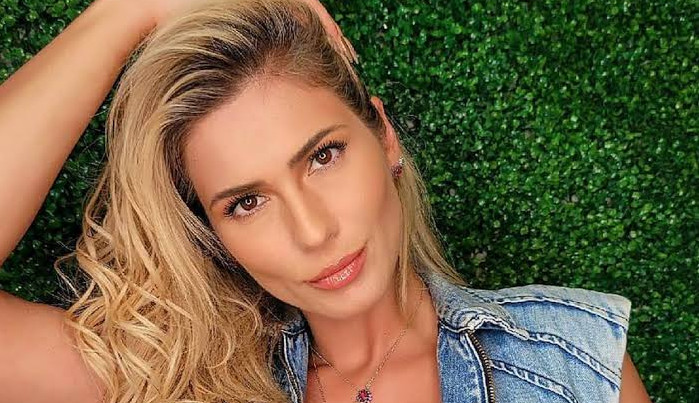 Lívia Andrade diz ter sido vítima de máfia digital e processa Gossip do Dia