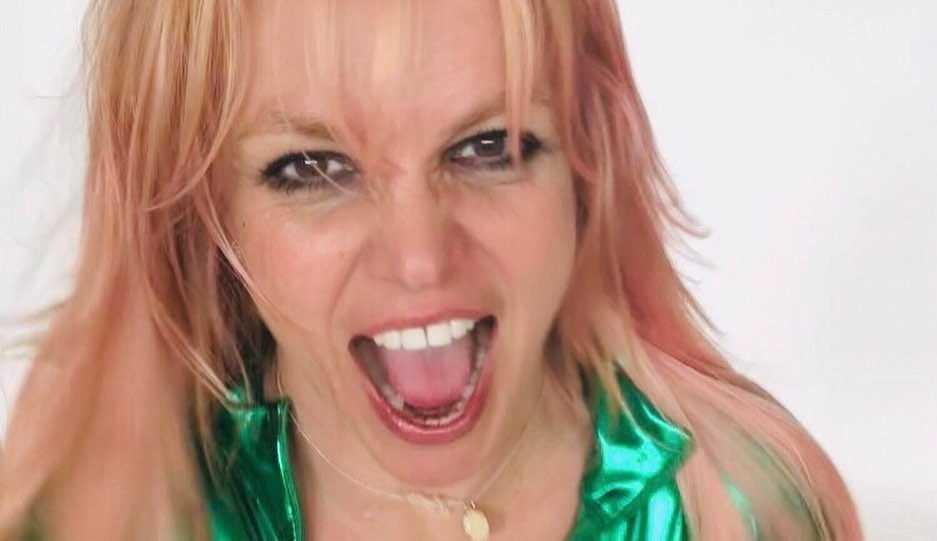 Tutora de Britney Spears pede pagamento de R$ 1,1 milhão por seu trabalho