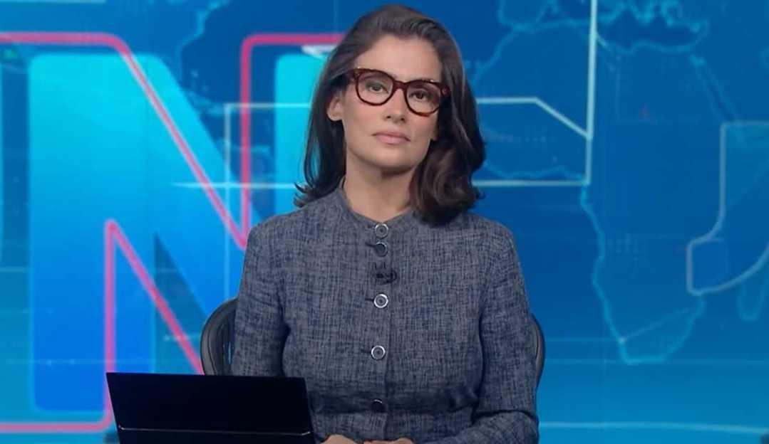 Renata Vasconcellos permanece afastada do Jornal Nacional devido resfriado