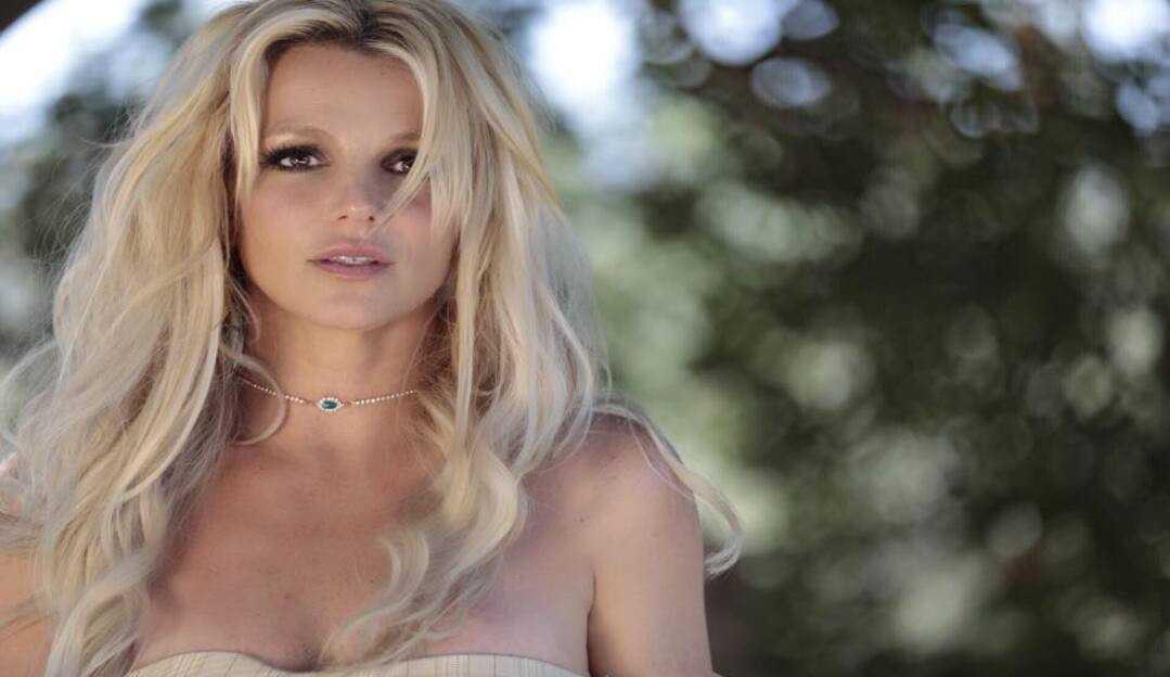 Britney Spears anuncia que não fará mais shows enquanto for mantida sob tutela