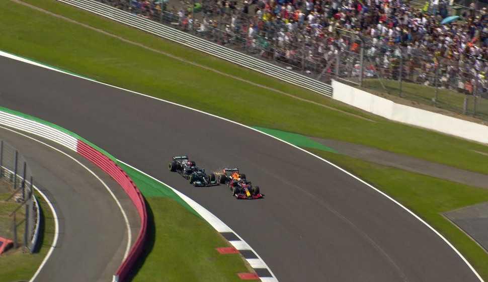 GP da Inglaterra, polêmica batida entre Lewis Hamilton e Max Verstappen e críticas: 'Pilotagem suja'