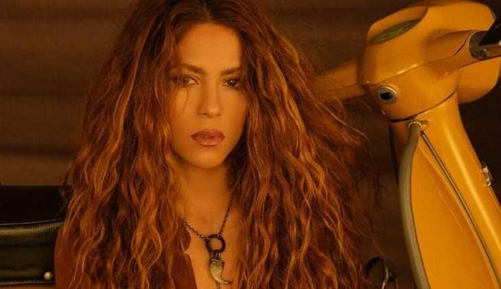 Shakira lança single e intriga fãs sobre sua sexualidade: 'Shakira  é Lésbica?