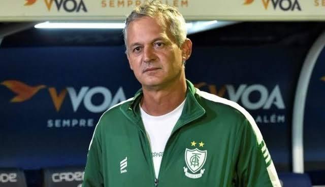 Vasco anuncia Lisca como novo treinador