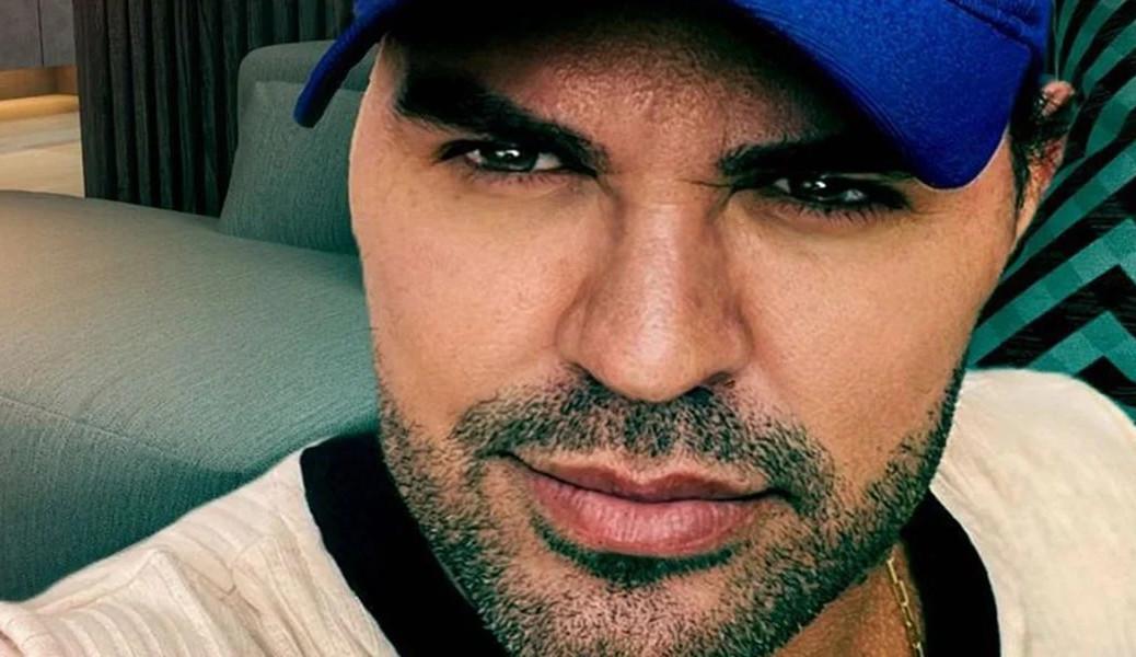 Eduardo Costa causa polêmica ao afirmar 'sou um semi-gay'