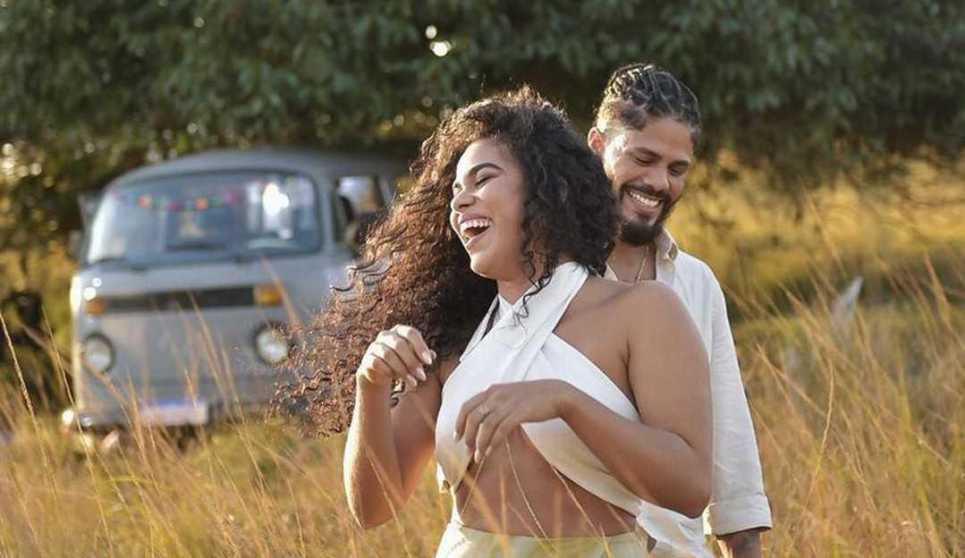Viegas fala sobre possível romance com Elana e revela trecho da canção 'Pra Voar'