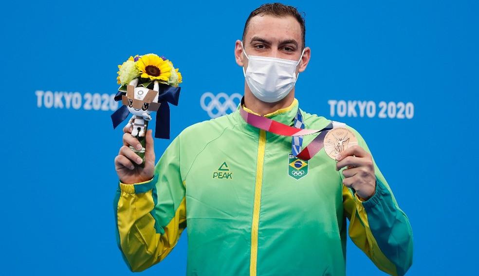 Fernando Scheffer ganha bronze nos 200m livre