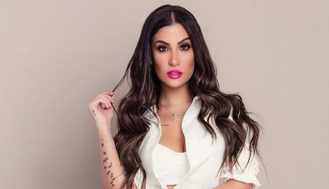 Bianca Andrade fala sobre a importância da maquiagem para sua autoestima, durante o puerpério