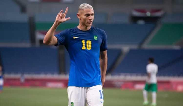 Richarlison brilha, Brasil vence da Arábia Saudita e avança nas Olimpíadas