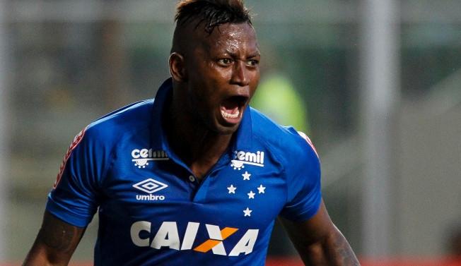 Cruzeiro recebe nova multa e para contratar terá que embolsar R$ 13 milhões