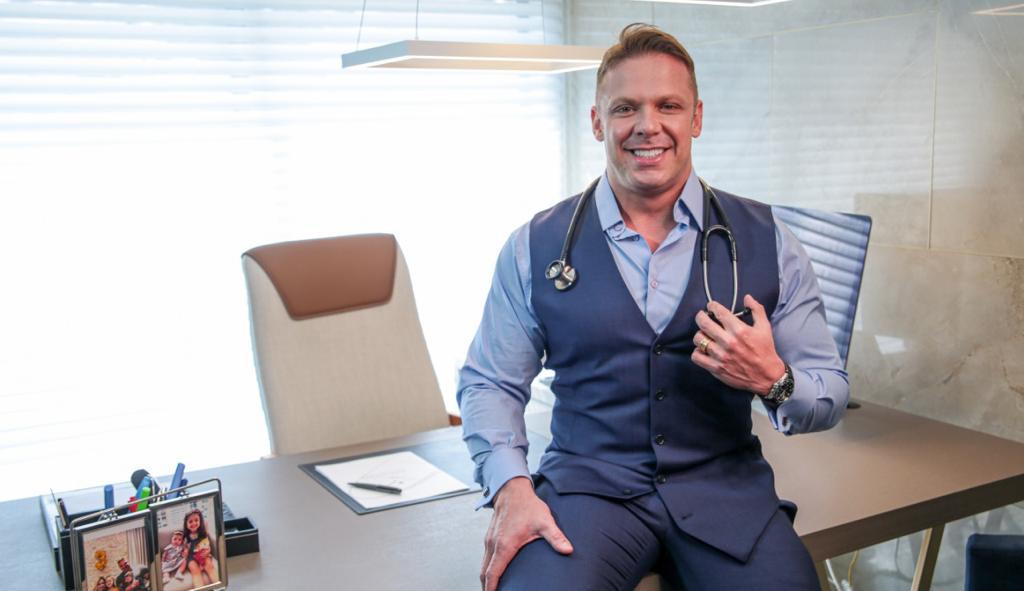 Dr. Sandro Ferraz: nutrólogo que emagreceu mais de 2,5 mil pessoas e mentor de médicos empreendedores