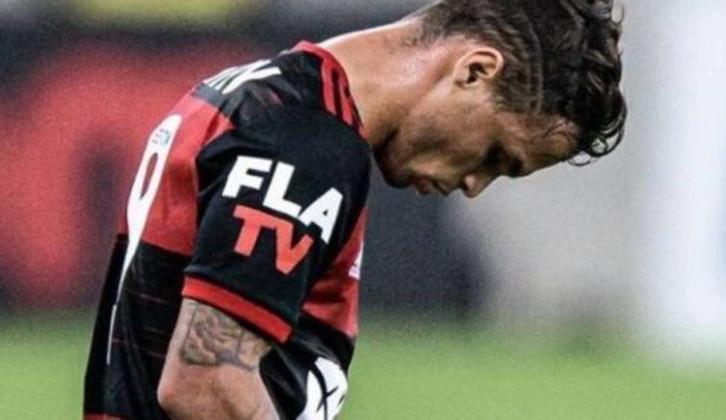 Michael, jogador do Flamengo, revela ter tido depressão: 'Quis me suicidar'