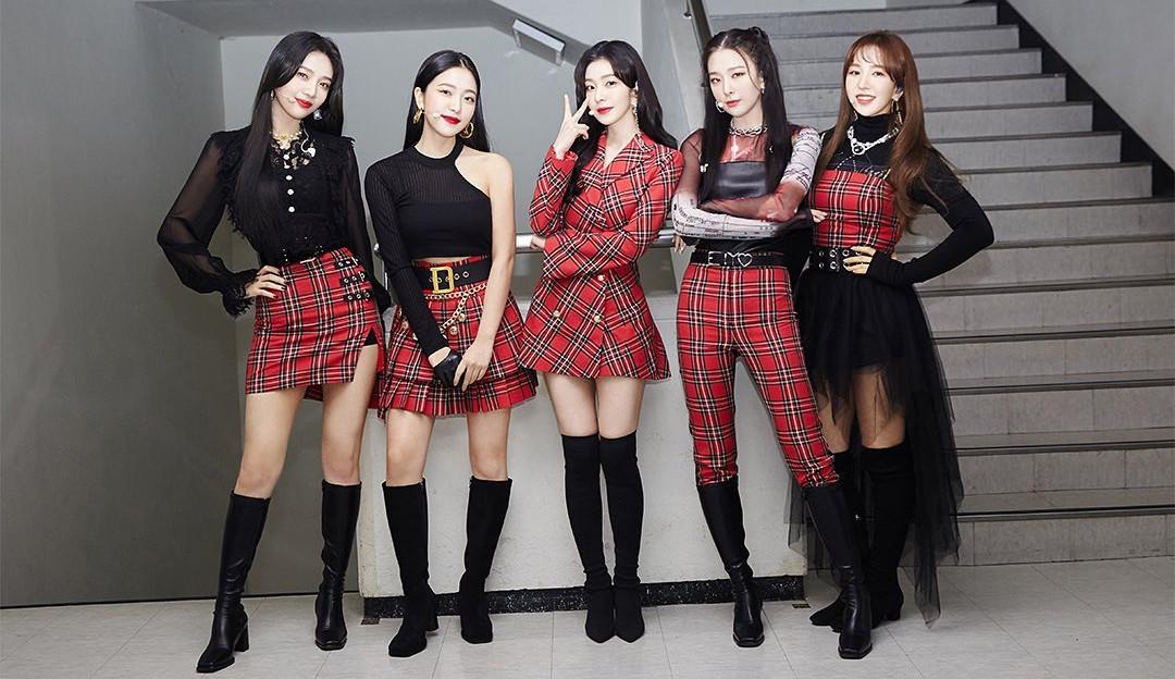Red Velvet anuncia a data do comeback e realiza o primeiro teaser do mini-album 'Queendom'