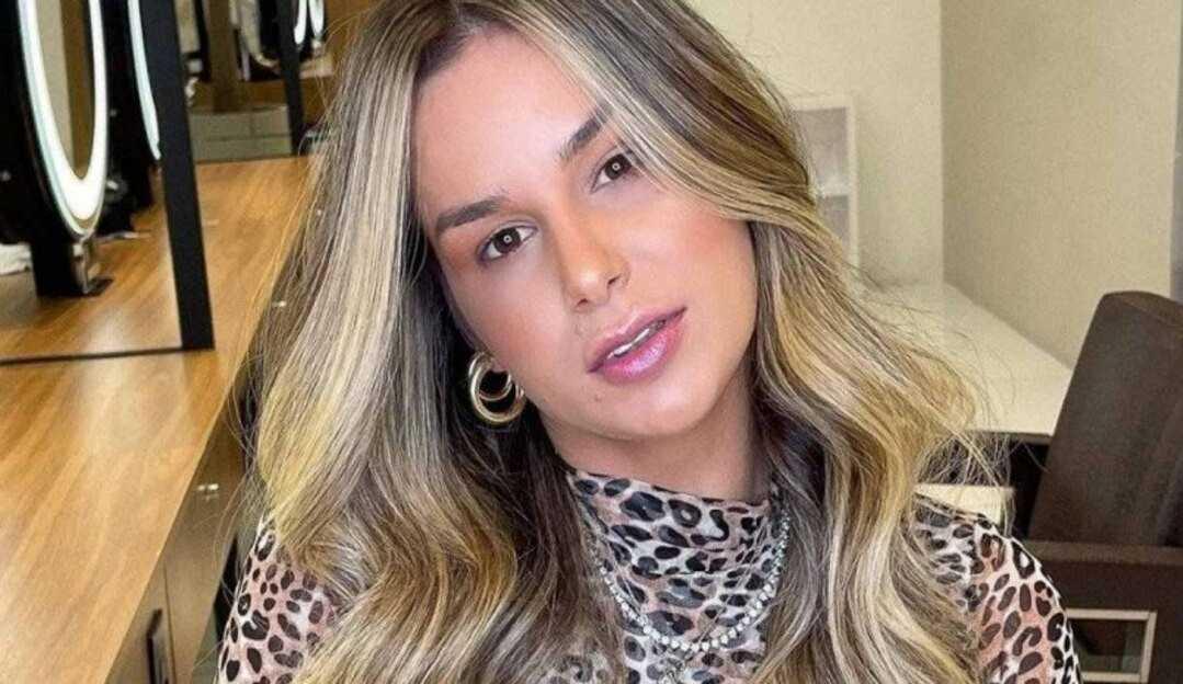 Pamella Holanda demonstra apoio a campanha 'Agosto Lilás'