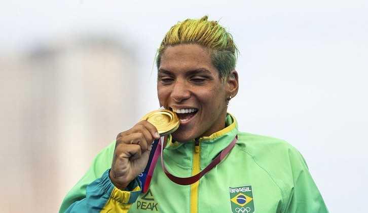 Aquagirl brasileira: Ana Marcela vence prova e conquista o 4º ouro nas Olimpíadas