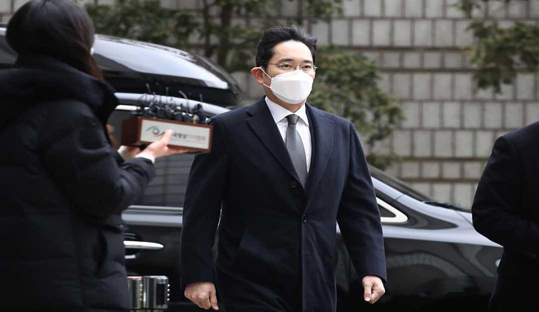Vice Presidente da Samsung deve ser liberado nesta sexta-feira após receber liberdade condicional