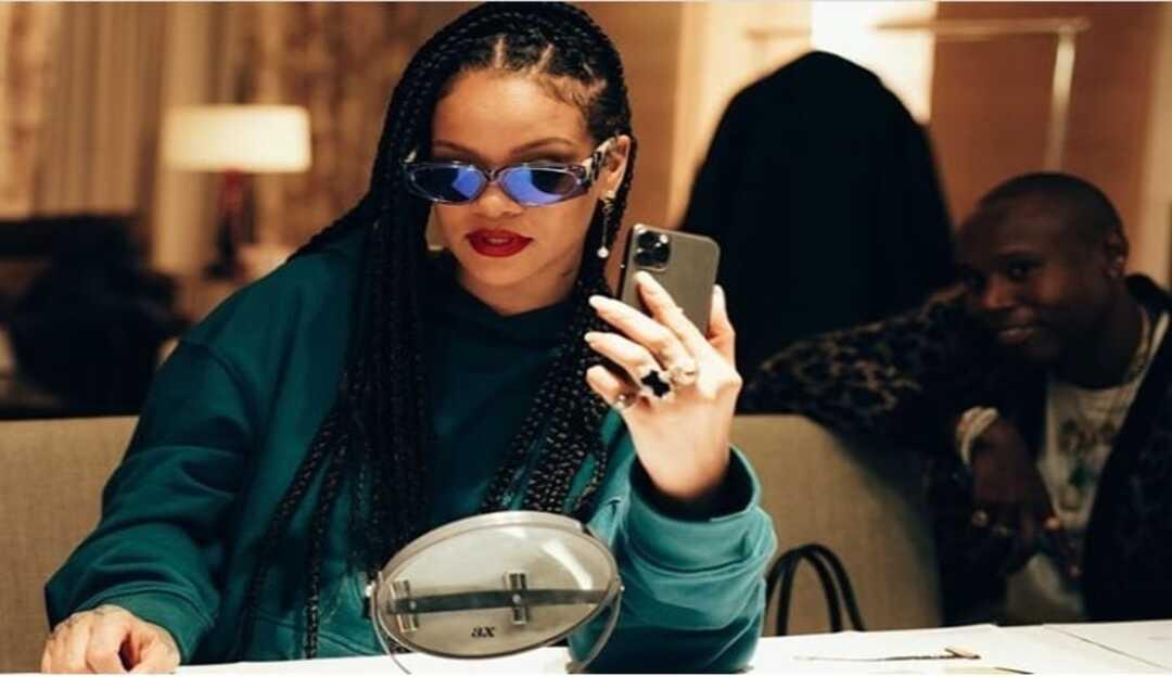 Furacão Fenty: veja como Rihanna está mudando o mercado de moda e beleza