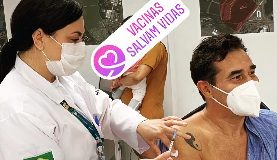 Após 35 dias internado, ator Luciano Szafir toma primeira dose da vacina contra Covid-19