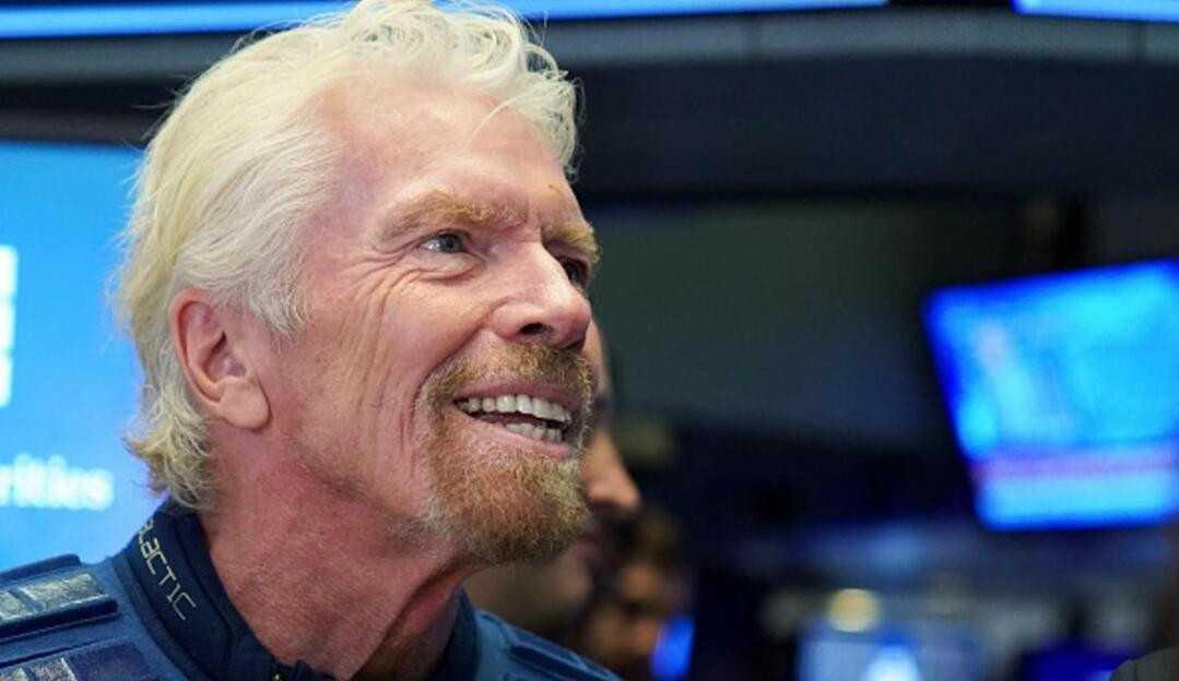 Richard Branson vende participação de US$ 300 milhões na Virgin Galactic