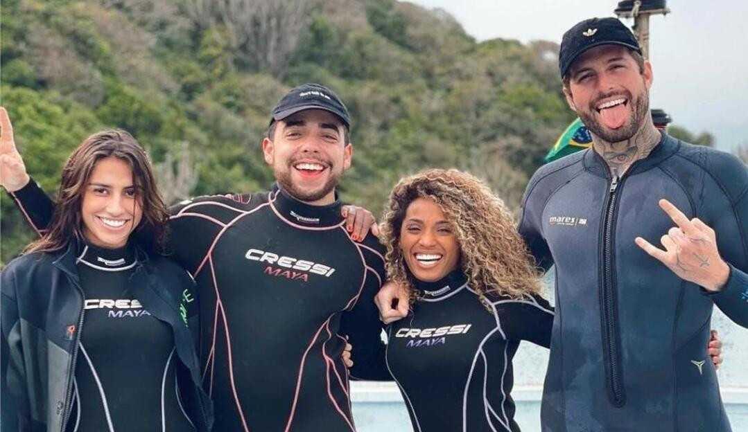 Exclusivo: Ilha Record: Nanah, Lucas Maciel, Any e Claudinho Matos viajam juntos