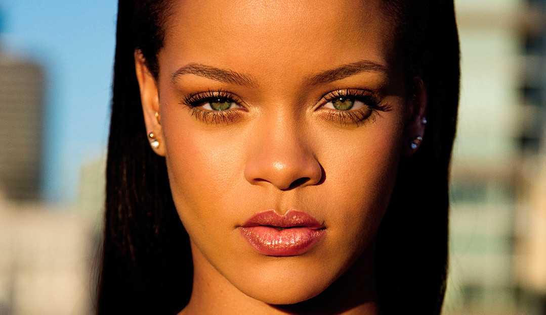 Descubra os truques de maquiagem da cantora Rihanna