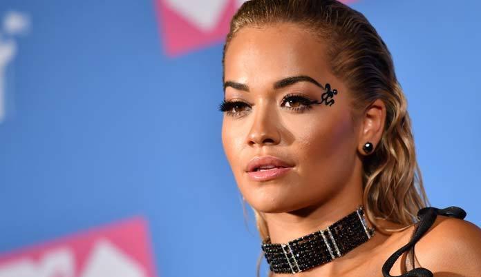 Rita Ora e diretor da Marvel estariam pensando em casamento após 5 meses juntos