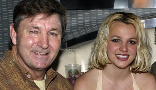 Pai de Britney Spears diz que tutela da cantora deveria ser elogiada