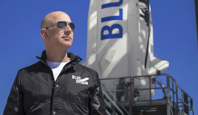 Bilionário Jeff Bezos processa NASA por contrato com a SpaceX