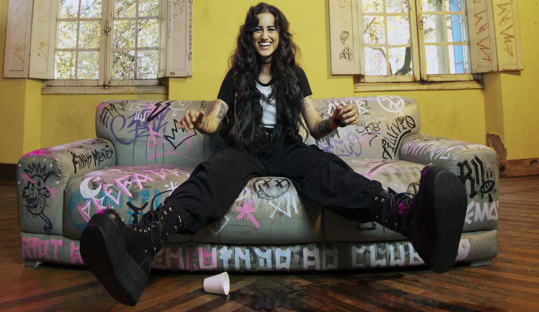 EXCLUSIVO: Cantora Day afirma estar feliz com o feedback do seu primeiro álbum