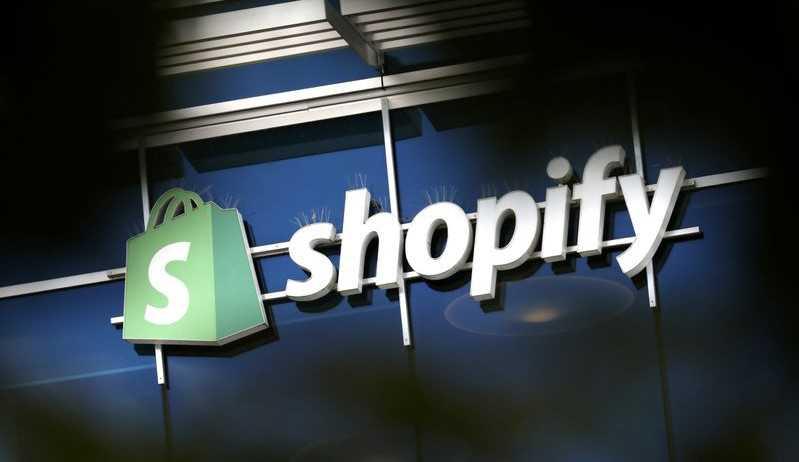 Shopify e Tik Tok anunciam parceria para compras dentro do aplicativo