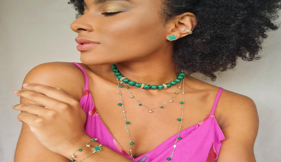 Tereza Nandes lança nova coleção de semi-joias focada no empoderamento feminino