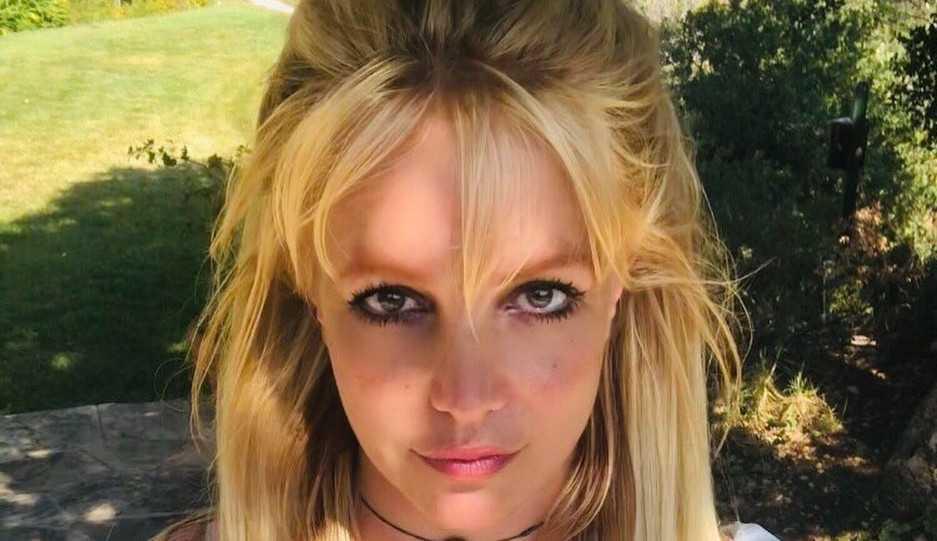 Britney Spears acusa o pai de tentativa de extorsão