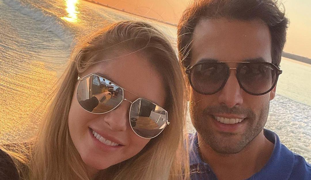 Bárbara Evans e Gustavo Theodoro estão esperando gêmeos