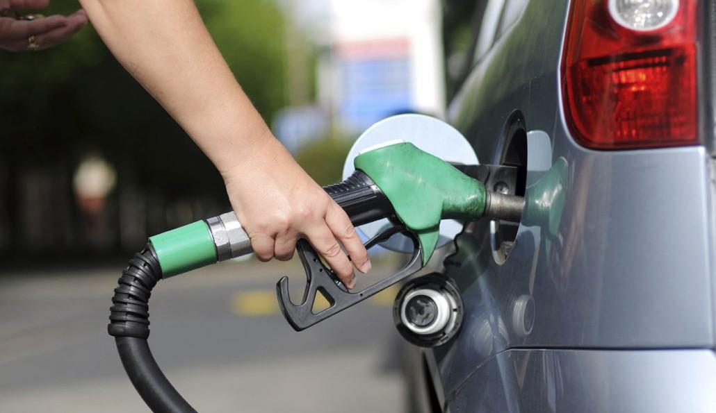 Conta de luz e preço da gasolina afetam os varejistas