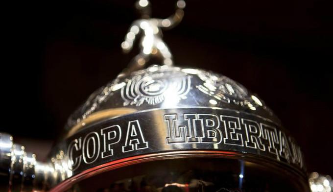 Com contratações europeias, clubes brasileiros de futebol podem formar uma hegemonia entre si na América do Sul