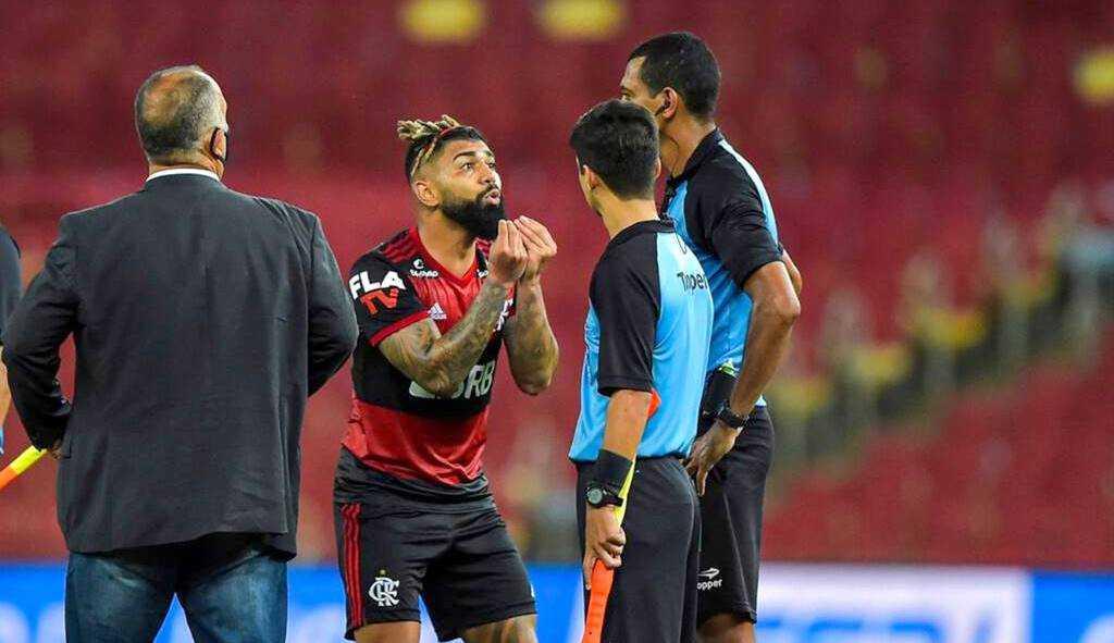 Flamengo corre risco de perder Gabigol por até seis jogos
