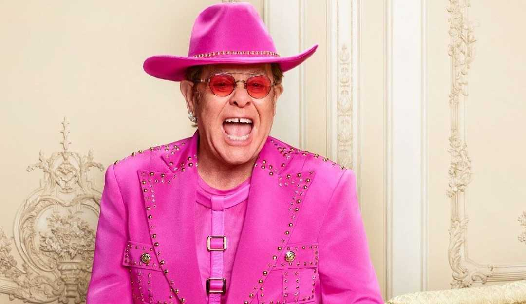 Elton John lançará novo álbum repleto de parcerias