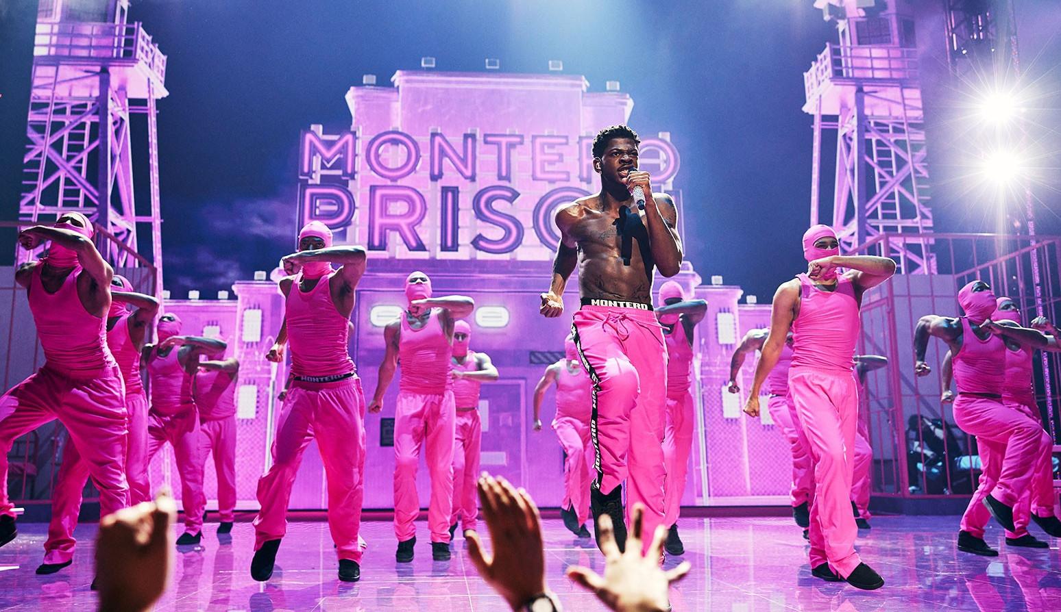 VMA 2021: Lil Nas X faz história ao performar 'Industry Baby' ao lado de Jack Harlow