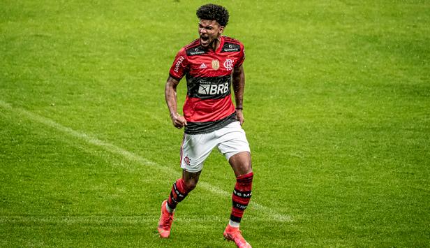 Bruno Viana da a volta por cima e vive boa fase no Flamengo