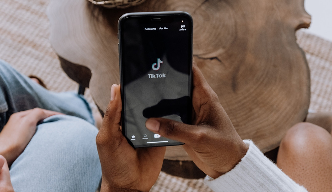 TikTok lidera ranking de aplicativos mais baixados de agosto