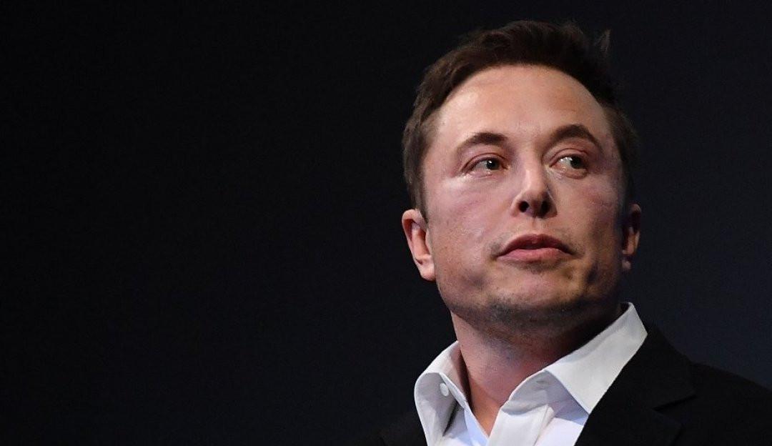 Elon Musk,após publicação com a foto de seu cachorro, promove o aumento de criptomoeda