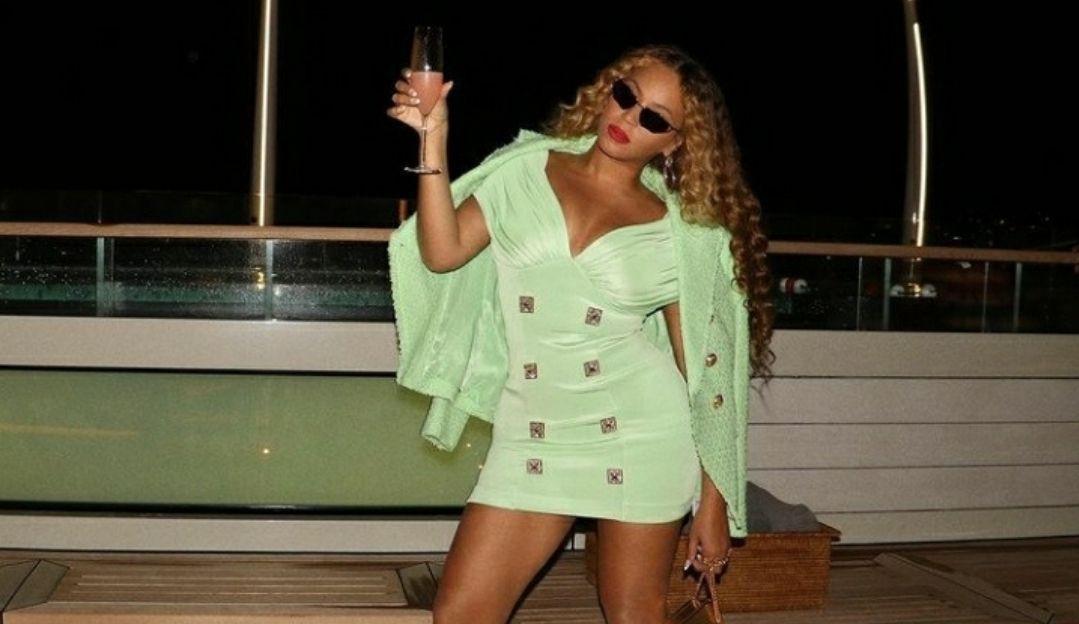 Beyoncé e Jay-Z viajam pela Itália em Iate de Jeff Bezos