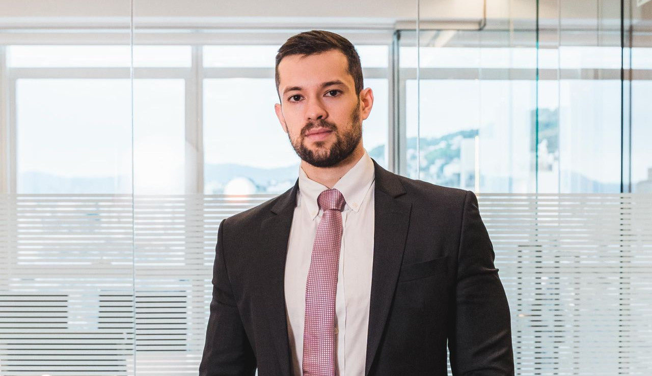 Advogado Criminalista Mathaus Agacci é destaque entre influenciadores digitais