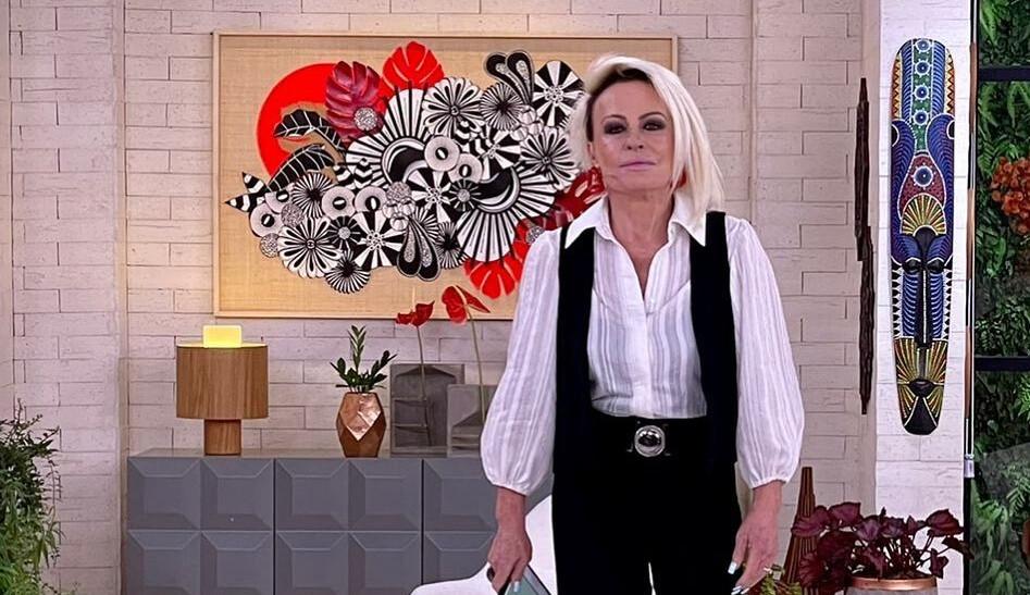 Ana Maria Braga se retrata ao vivo após ser taxada de racista na internet