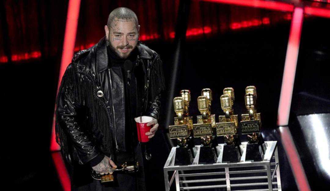 Post Malone e Khalid são destaques na premiação da Billboard Music Awards 2020