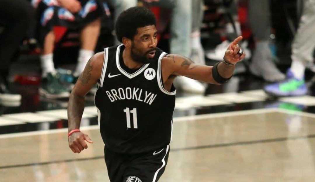 Kyrie Irving é afastado pelo Brooklyn Nets após se recusar a tomar vacina